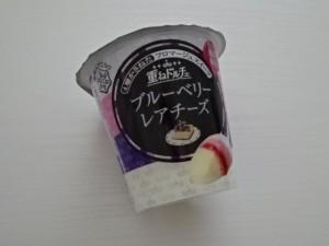 雪印メグミルク 重ねドルチェ ブルーベリーレアチーズ